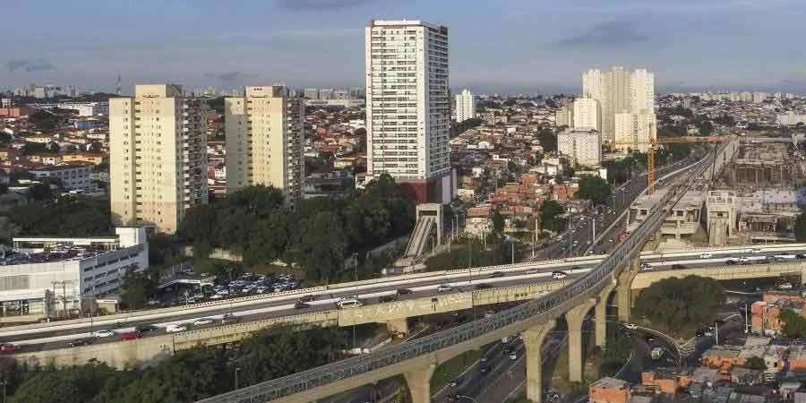 Obras da Linha 17- Ouro, do Metrô, alteram o trânsito na Marginal Pinheiros