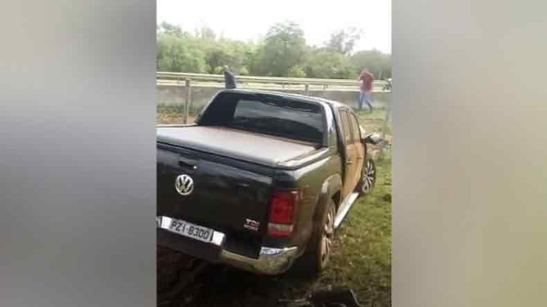 Homem morre após colidir veículo com passarela no Tapetão em Campinas. Reprodução TV