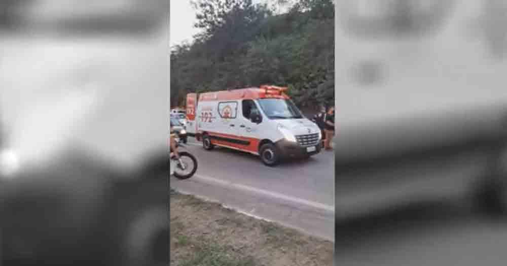 Caminhão desgovernado mata duas pessoas na Estrada dos Romeiros