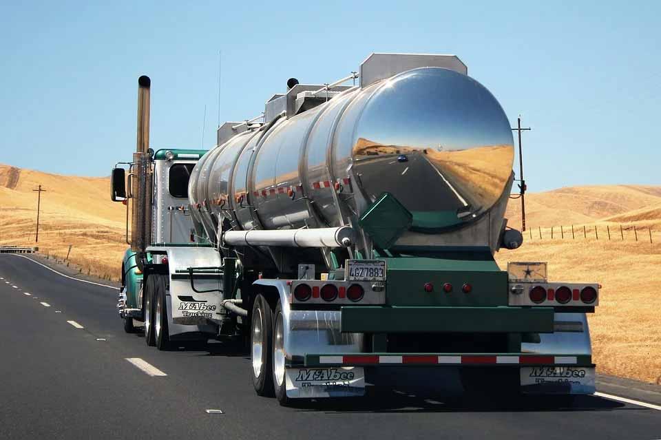 Caminhoneiros transportadores de combustíveis anunciam paralisação neste 7 de setembro em MG . Foto: Pixabay
