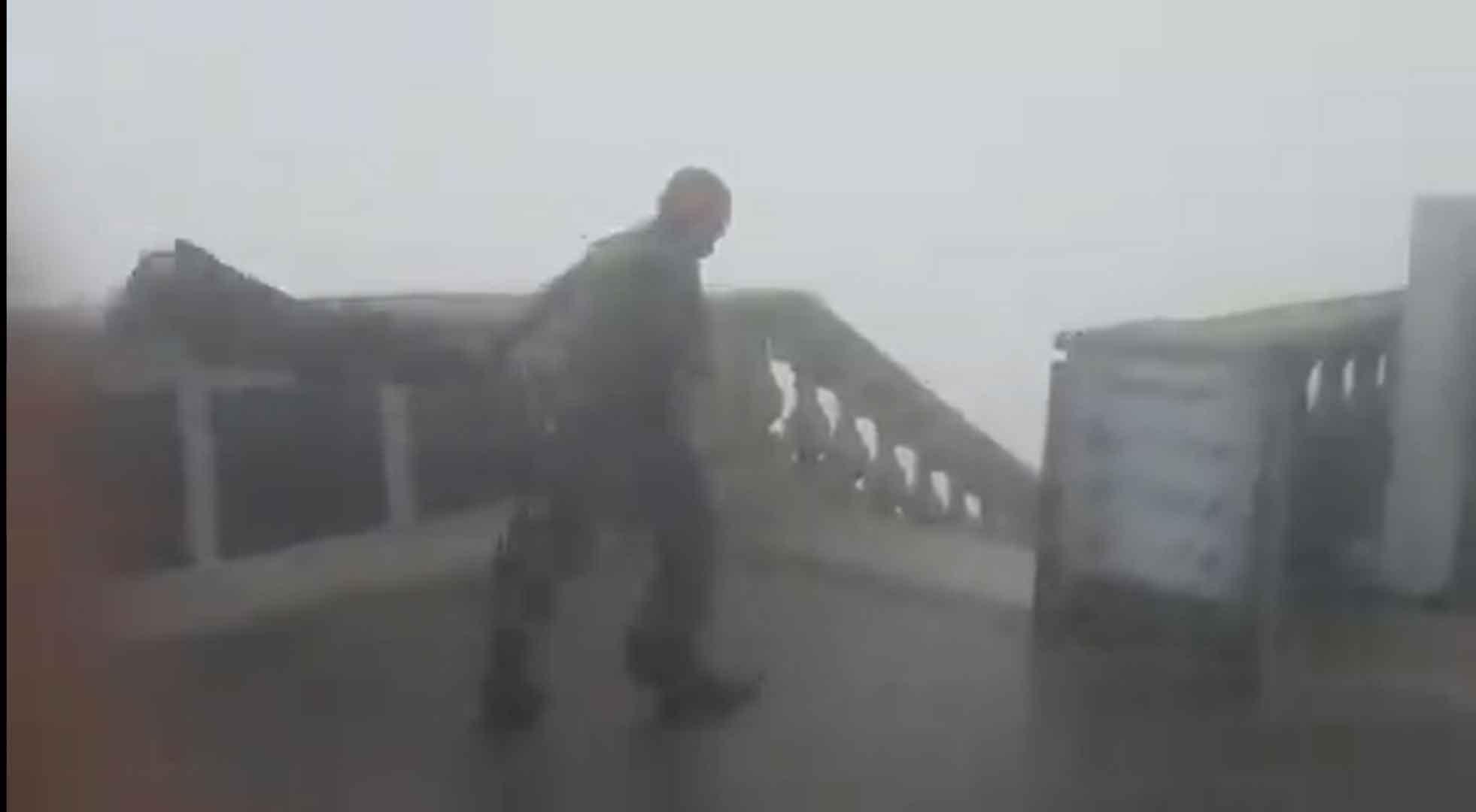 Ventania suspende a circulação de trens e fecha a Ponte Rio-Niterói. Foto: Reprodução Twitter
